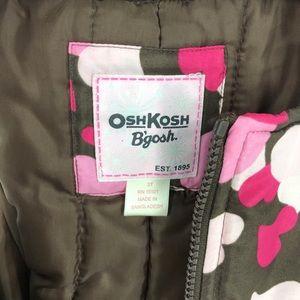 OshKosh B'gosh Bottoms - ✨ OshKosh Bgosh snow bib with hearts print 3T